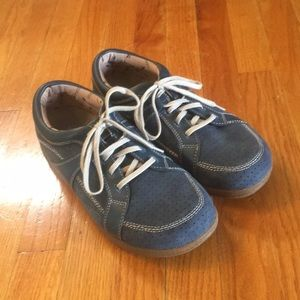 14b11e5c5 Barefoot Freedom Shoes on Poshmark